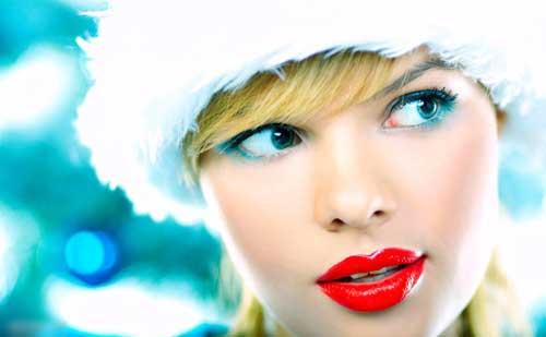 maquillaje invierno labios rojos