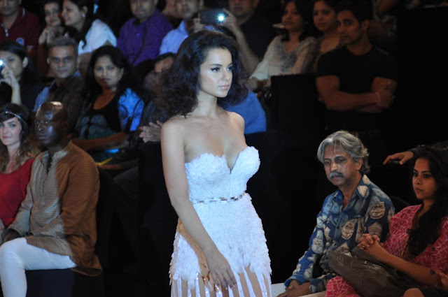 Kangana ranaut Hot Blenders pride Fashion Tour 2012