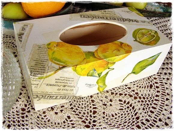 chustecznik decoupage w cytryny