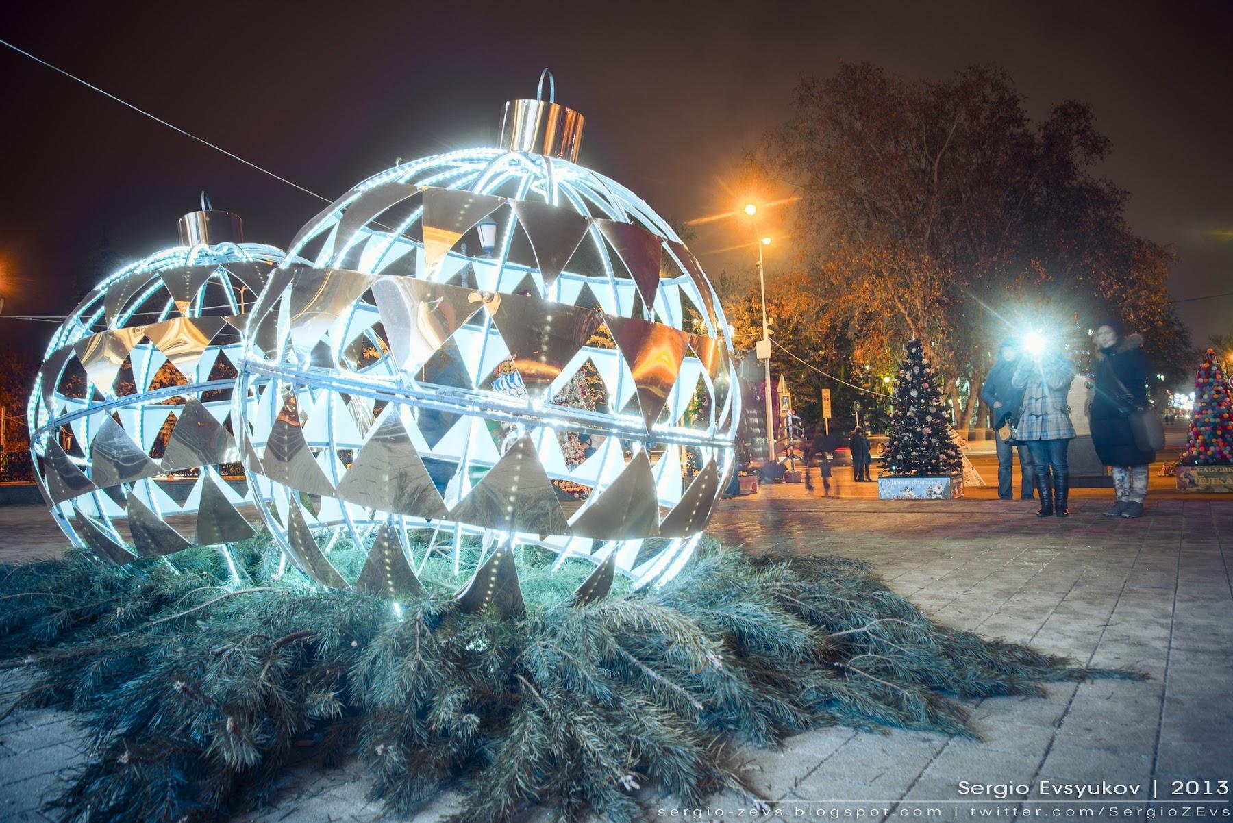 Украшения новогодние в Краснодаре