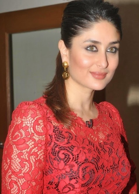 kareena kapoor khan in red dress cute smile hd wallpapers