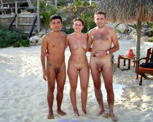 фото девушек на нудистском пляже