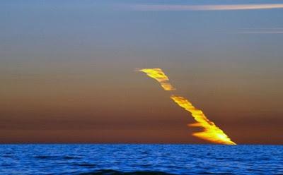 rayo de fuego en australia julio 2012