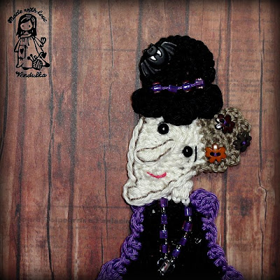 Magic with hook and needles, crochet patterns, witch brooch, crochet by Vendulka, VendulkaM crochet, halloween,