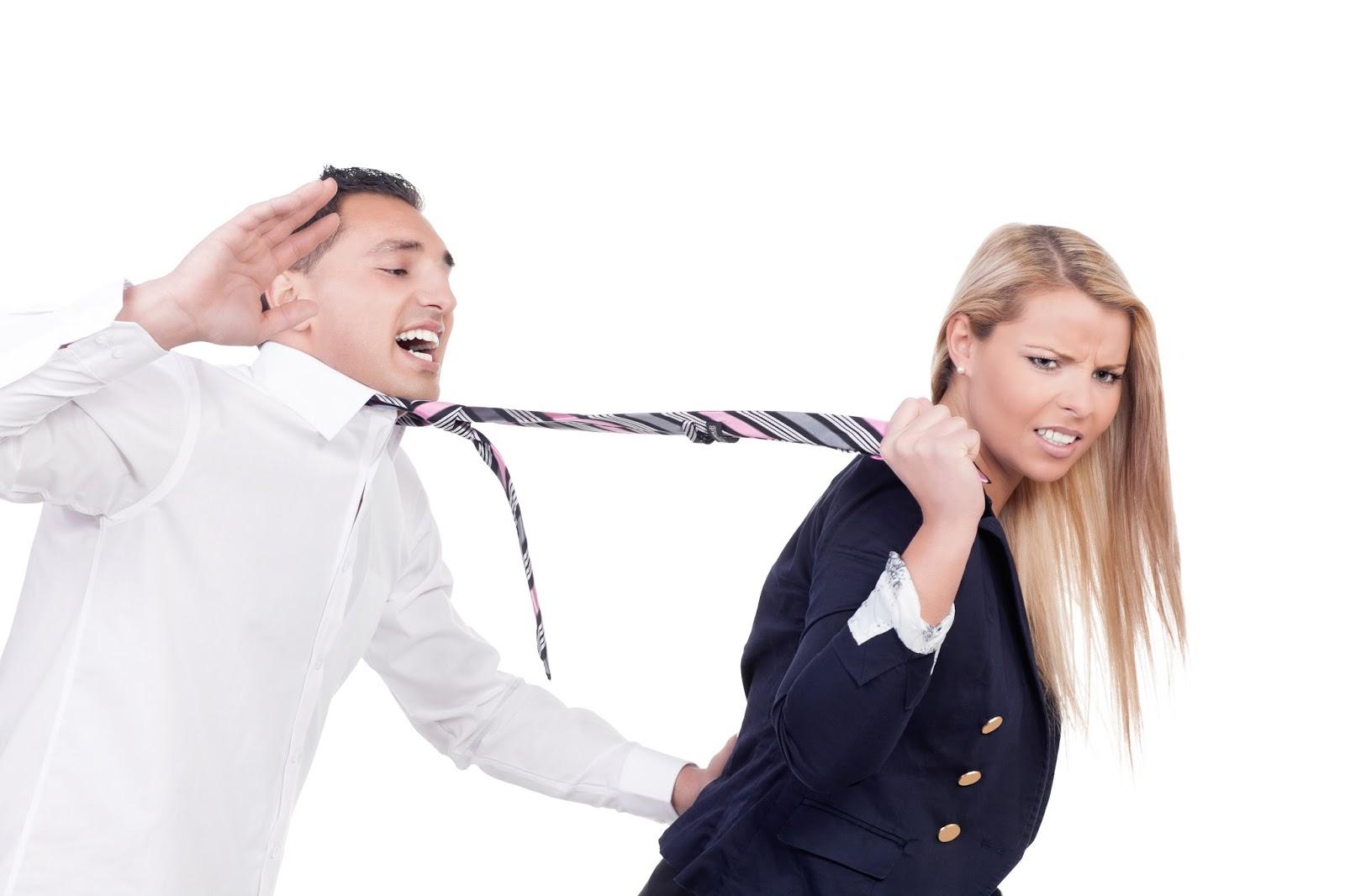 Почему истерит женщина?