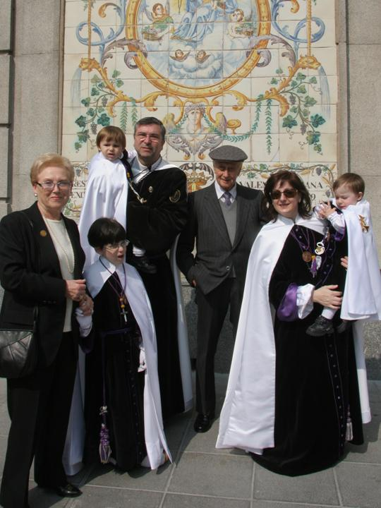 VICENTE PÉREZ GONZÁLEZ y su esposa con la familia Celdrán Garzó