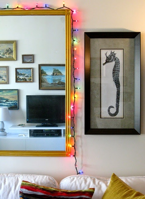 Amazing Christmas lights wall decor