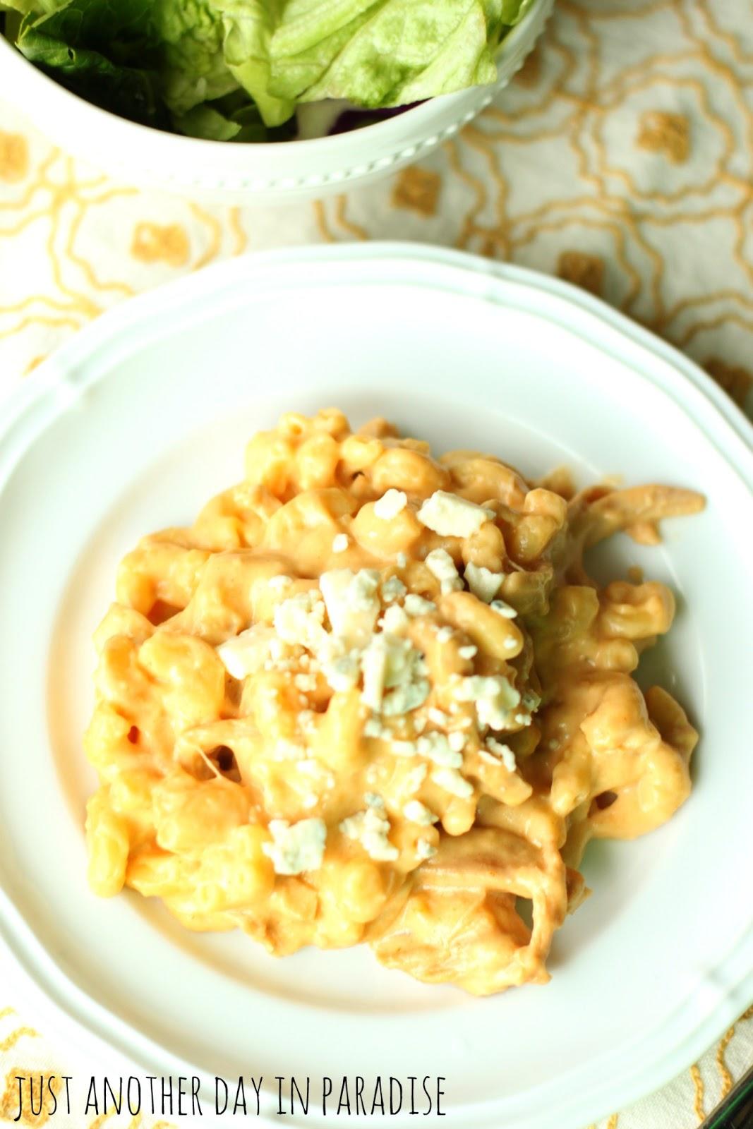 Slow Cooker Saay Buffalo Chicken Mac And Cheese