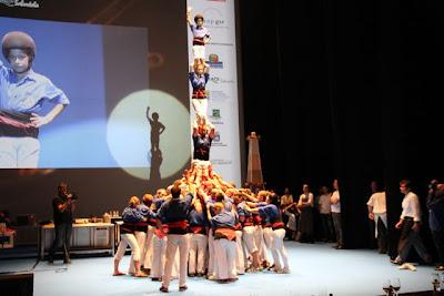 Castellers en Gastronomika 2012 homenaje Pau Alborná Blos Esteban Capdevila