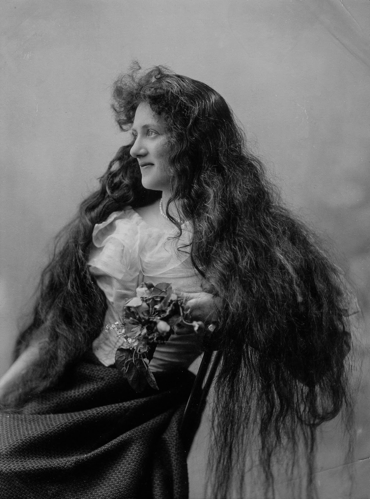 Long Hair Victorian Style 14 Vintage Photos That Prove ...