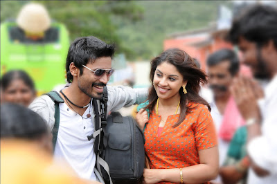 Dhanush and Richa stills in Mayakkam Enna