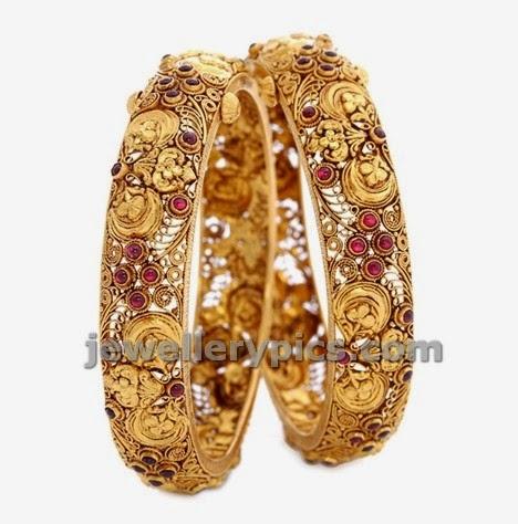 kempu studded intricate gold bangles