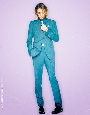 Jamie Campbell Bower W...