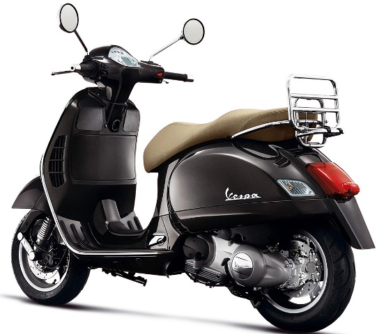 sports bike blog latest bikes bikes in 2012 vespa scooter. Black Bedroom Furniture Sets. Home Design Ideas