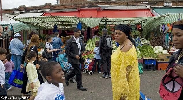 http://www.dailymail.co.uk/news/article-2713707/Secret-trade-monkey-meat-unleash-Ebola-UK-How-appetite-African-delicacies-British-markets-stalls-spread-killer-virus.html