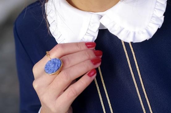 anillo grande azul