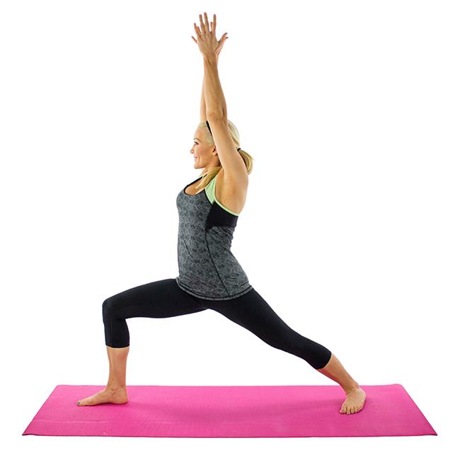 7 posturas de yoga sencillas para principiantes consejos trucos y remedios. Black Bedroom Furniture Sets. Home Design Ideas