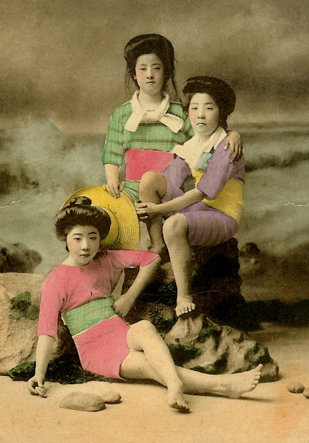 Vintage Everyday Colour Photos Of Swimsuit Girls Of Old Japan
