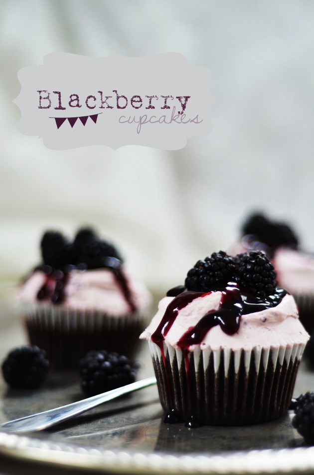 Louise´s Spis: One-Bowl Chocolate Cupcakes with Blackberry Mascarpone ...