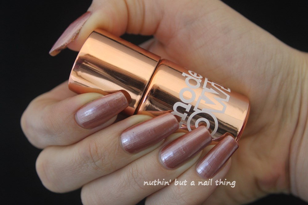 nuthin\' but a nail thing: NEW! Models Own Liquid Metal Effect