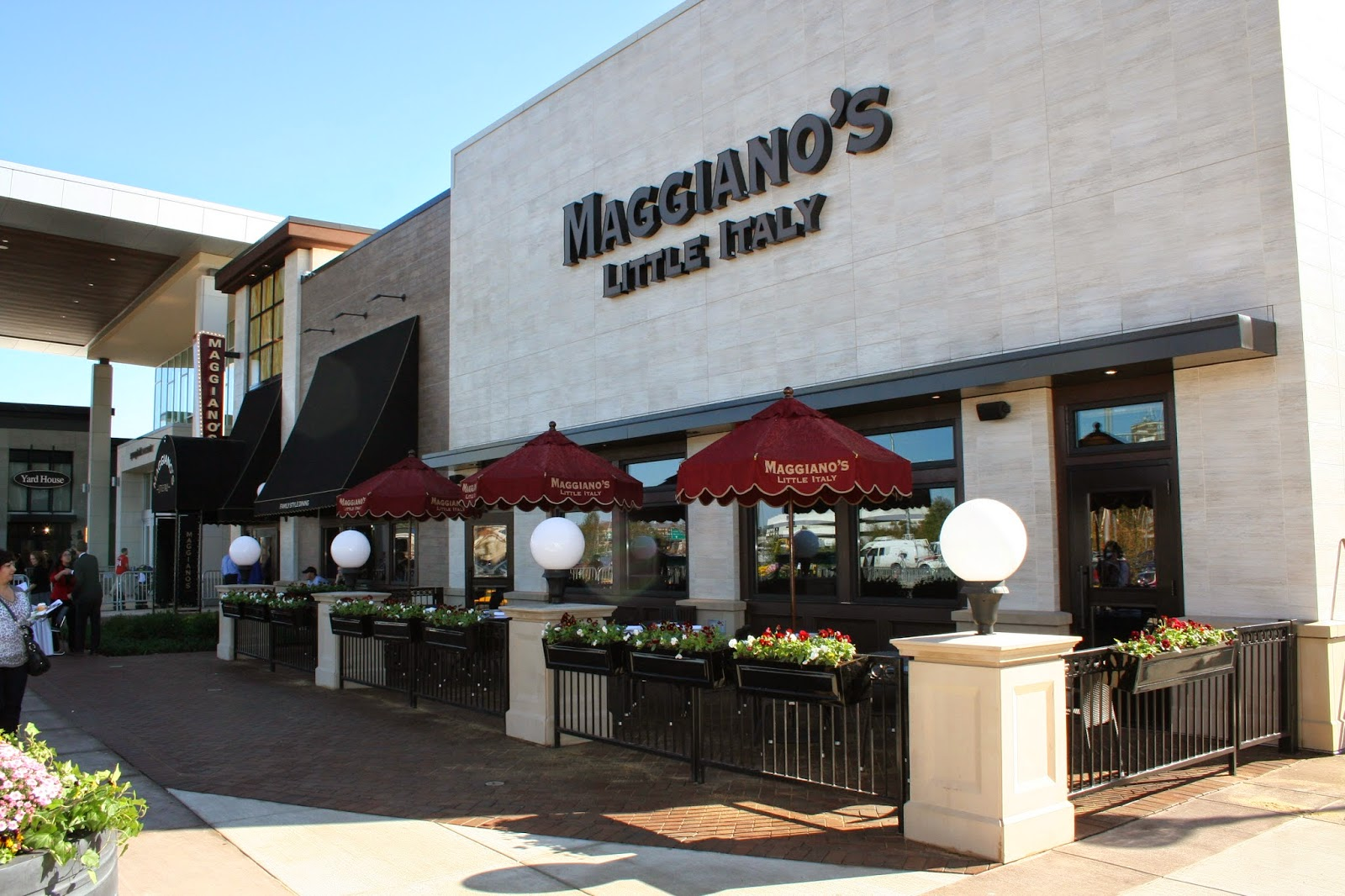 Maggianou0027s Brings Italian Classics To Springfield Town Center