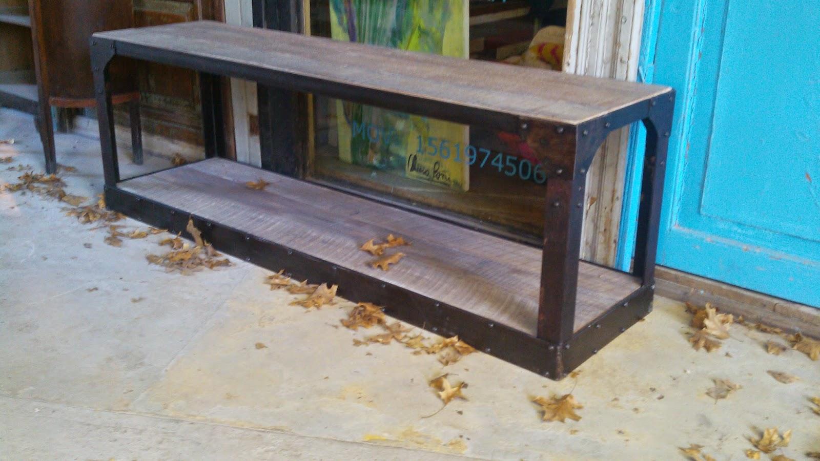 Muebles patchwork ruta 27 n 5707 rincon de milberg - Muebles de madera y hierro ...
