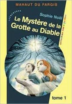 http://lesreinesdelanuit.blogspot.be/2014/10/mahaut-du-fargis-t1-le-mystere-de-la.html