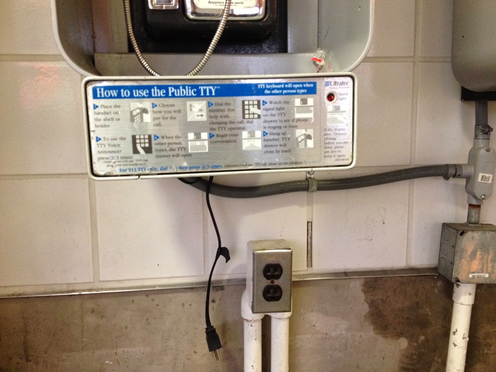 how to use sydney public phones
