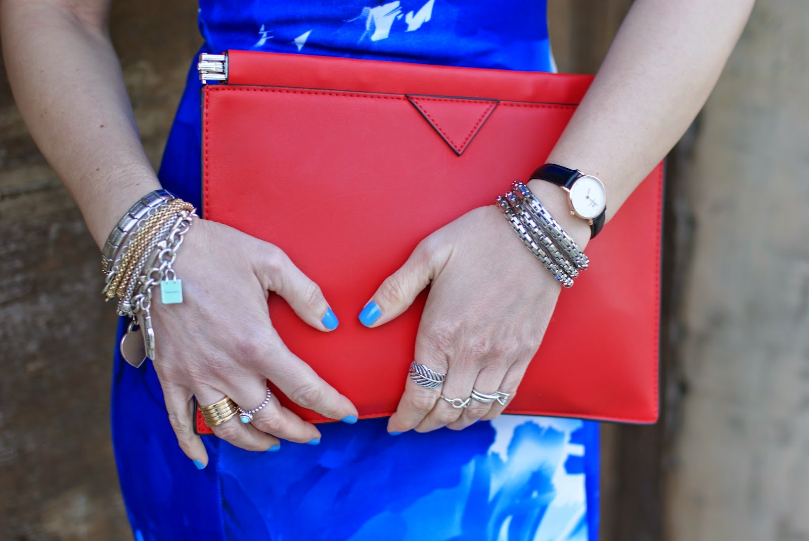 Zara red clutch, Daniel Wellington classy sheffield watch, Fashion and Cookies, fashion blogger