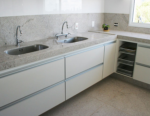 A Casa da Sheila Tons de granito e mármore -> Pia De Banheiro Granito Branco Itaunas