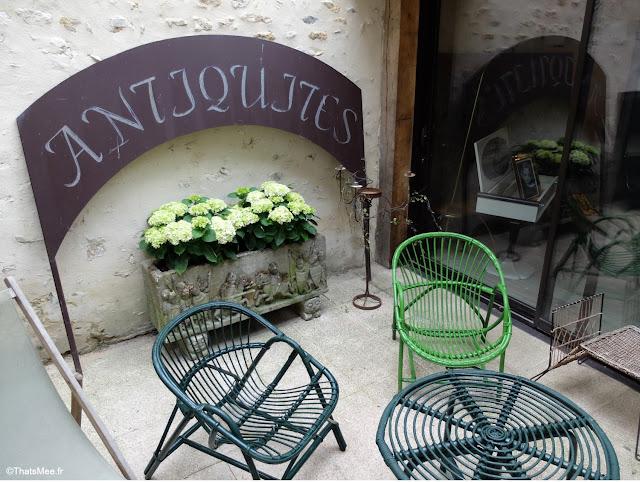 antiquaire brocante la broc'hanteuse christiane delvincourt chaise fils scoubidous cordes Perche belleme