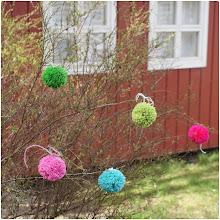 DIY pom pom'er til de bare grene