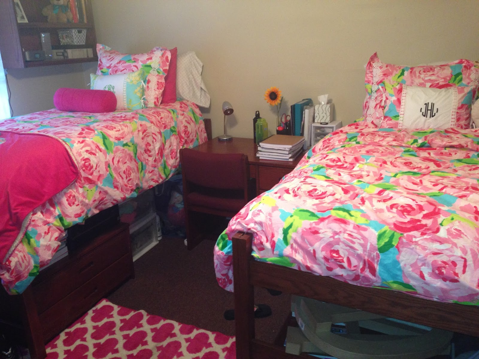Decorating Ideas > Dorm Room Decorating Preppy  Wwwgalleryhipcom  The  ~ 104706_Dorm Room Ideas Preppy
