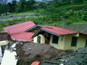 deslizamientos de tierra por lluvias en Panamá, 25 de Noviembre 2012