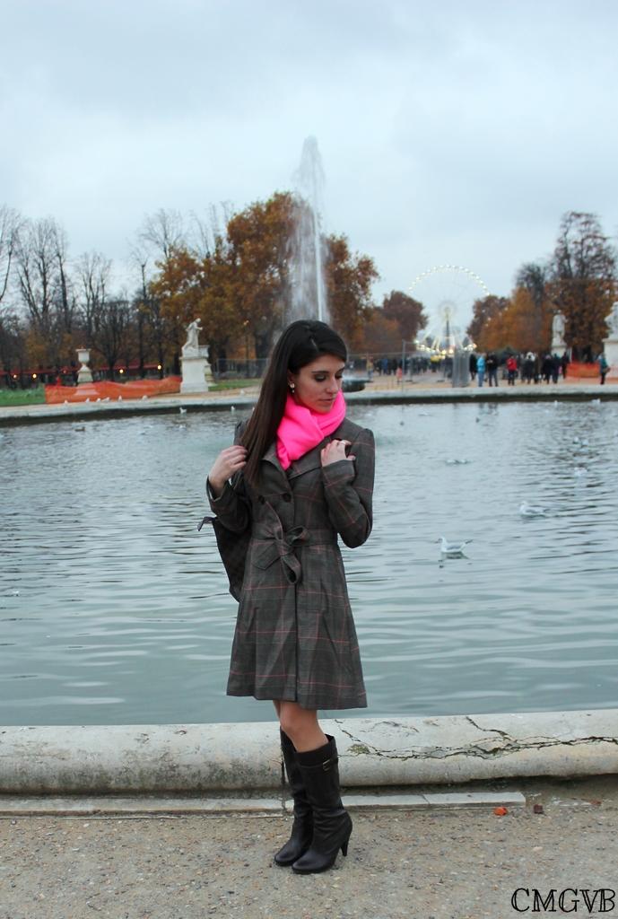 autumn, cmgvb, como me gusta vivir bien, dazzling, diana dazzling, dry leaves, fashion blog, fashion blogger, hojas secas, jardin des Tuileries, louis vuitton, outfit, Paris, prince of galles, principe de Galles