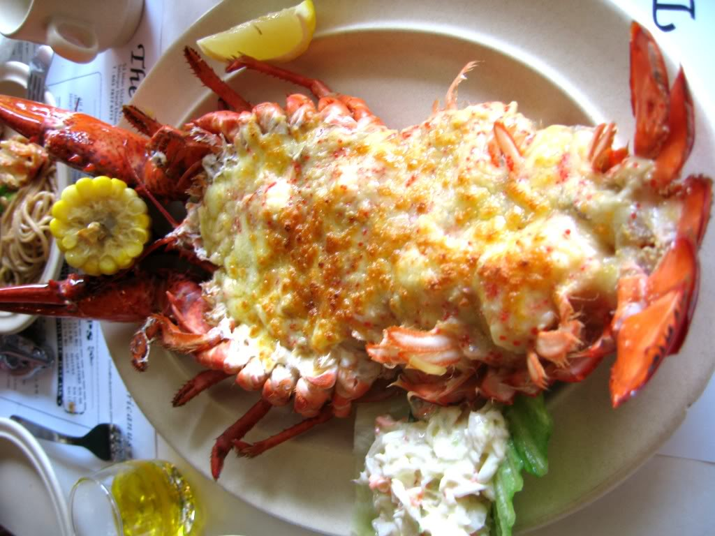 ... kitchen of Tré Taylor : Valentines Dinner - Lobster Thermidor