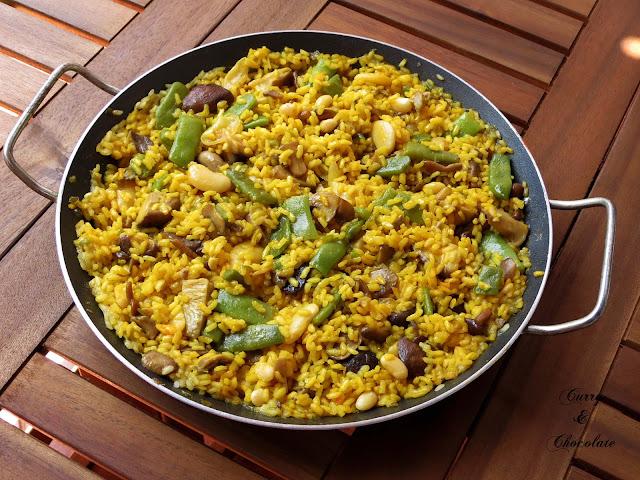 Arroz con setas y verduras para paella