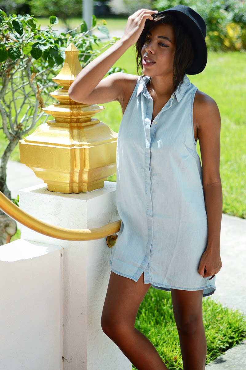 Miami Fashion Blogger Anais Alexandre of Down to Stars in an H&M jean shirtdress with a Target fedora and Matisse boots