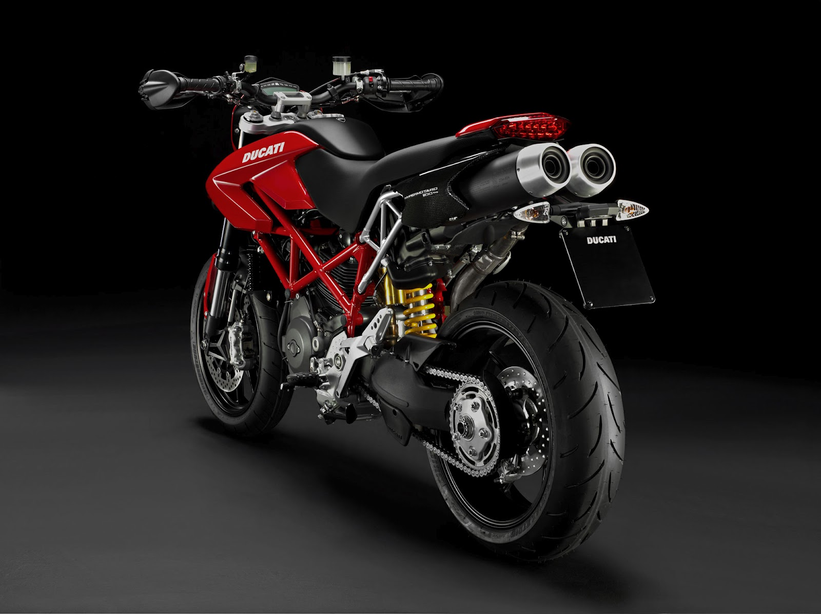 2013 ducati hypermotard 1100 evo review and prices. Black Bedroom Furniture Sets. Home Design Ideas
