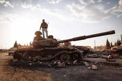 Mujahidin Syria menguasai gudang senjata besar di timur Homs