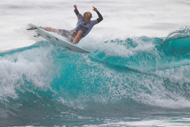 12 Tanner Hendrickson HAW 2015 SATA Azores Pro Foto WSL Laurent Masurel