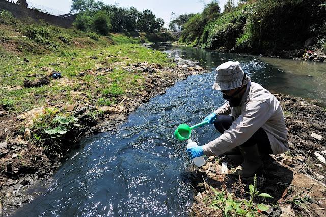 Sungai Citarum Tercemar Bahan Kimia Berbahaya