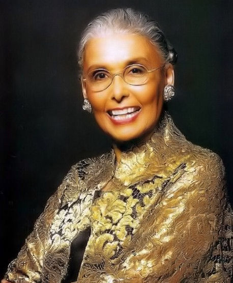 24 – Lena Horne: Timeless Beauty with a Golden and Outspoken Voice