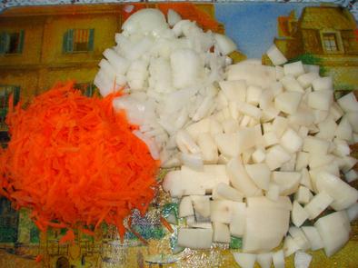 Картофель с тефтельками в горшочке(+ Видео)
