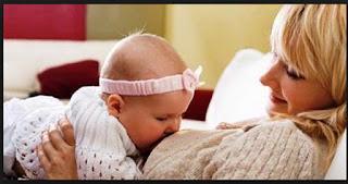 Alasan Mengapa Bayi Muntah Selepas Menyusu