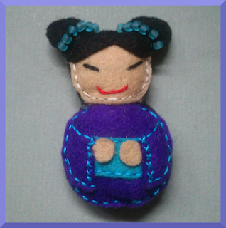 broche fieltro chinita