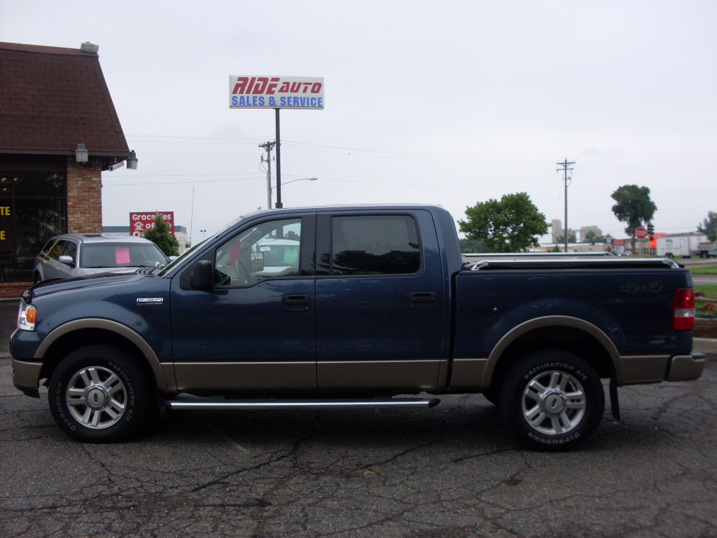 Ride Auto 2004 Ford F150 Blue
