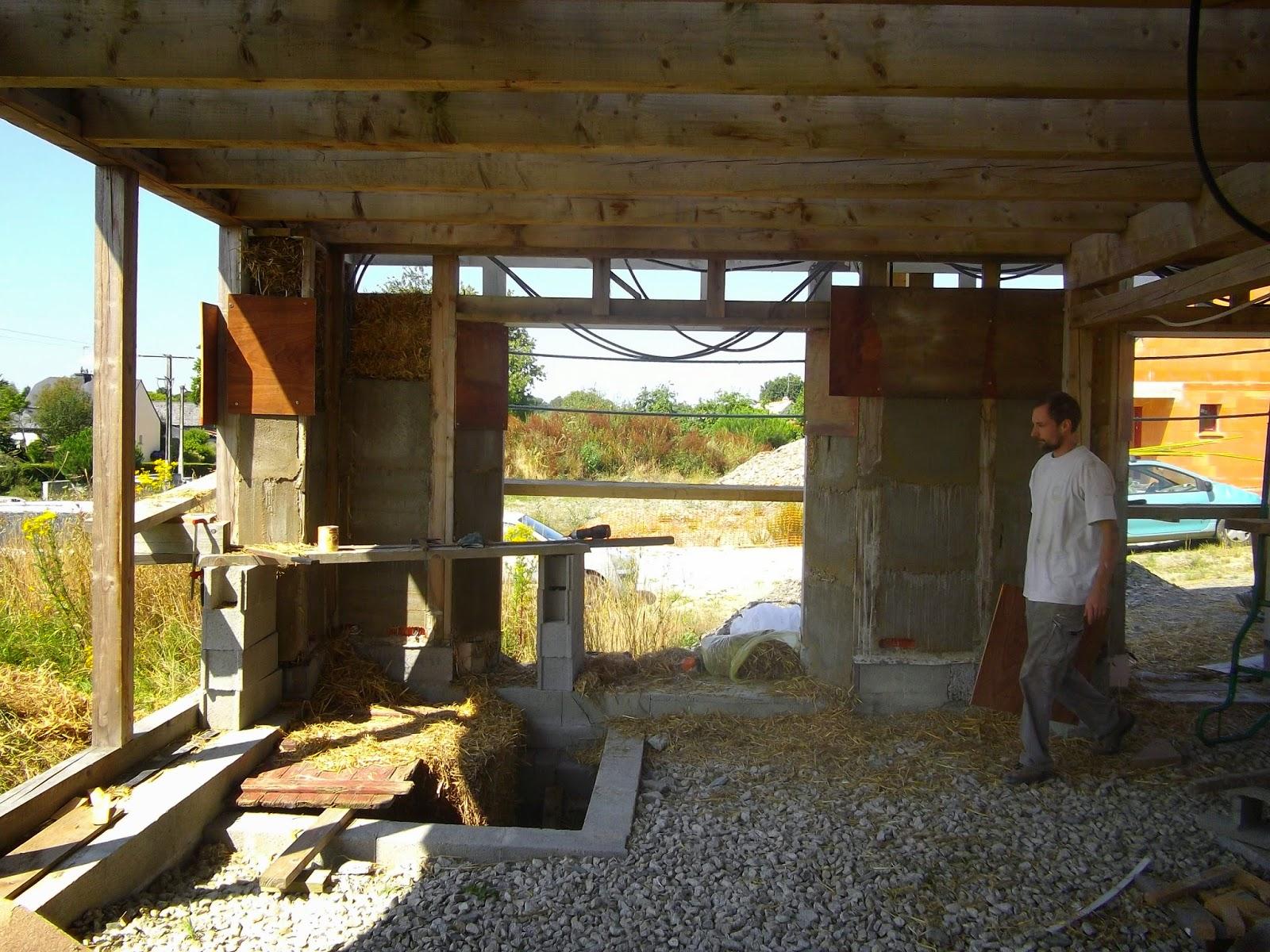 construction de notre maison en bois et paille paille fin du rez de chauss pignon ouest. Black Bedroom Furniture Sets. Home Design Ideas