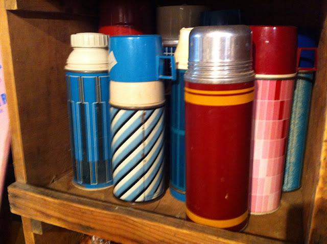 retro thermos designs