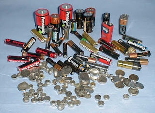 different kinds sizes of batteries